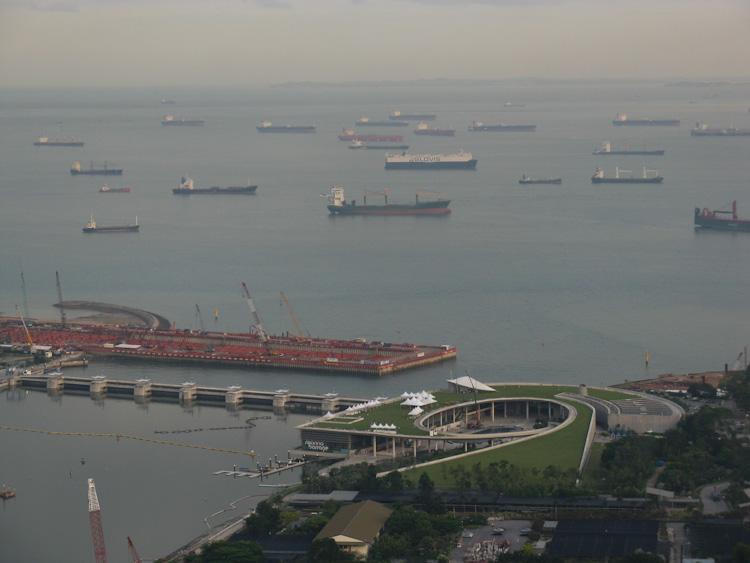 Входът към пристанището