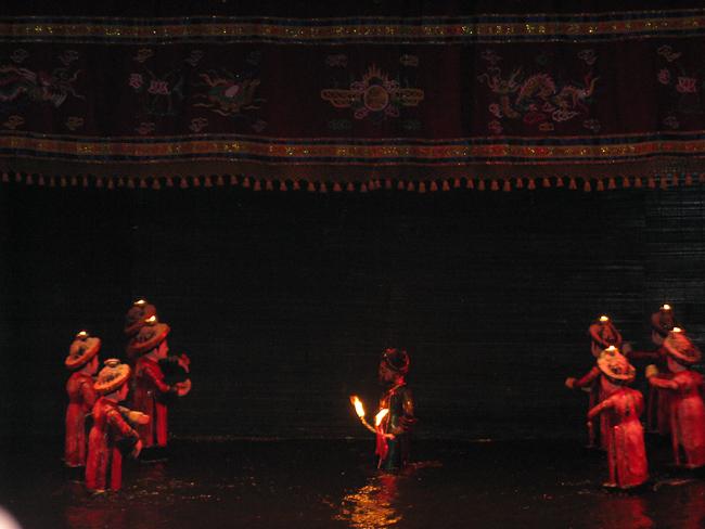 Воден куклен театър