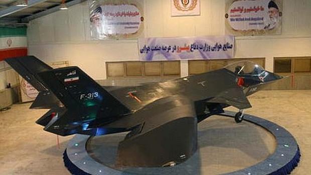 Qaher-313 на земята