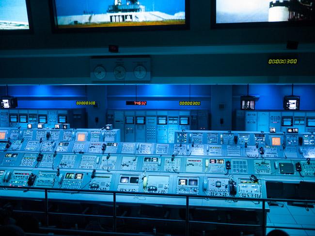 Контролната зала от Аполо 8